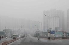 Chất lượng không khí Hà Nội vẫn rất xấu, Biển Đông sóng cao
