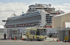 Nga sơ tán 8 công dân trên du thuyền Diamond Princess