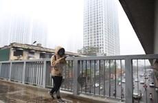 Miền Bắc và Hà Nội tiếp diễn tình trạng ô nhiễm không khí nặng