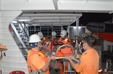 Bà Rịa-Vũng Tàu: Cứu nạn thuyền viên có dấu hiệu tai biến trên biển