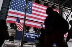 COVID-19: Mỹ đối mặt nguy cơ giảm phát, OPEC giảm dự báo nhu cầu dầu