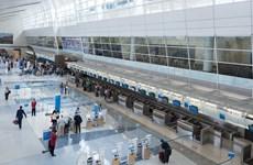 Cơ quan đại diện Việt Nam trợ giúp du học sinh kẹt ở sân bay của Mỹ