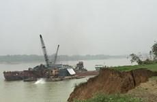Phú Thọ tạm dừng hoạt động khai thác cát, sỏi trên sông Lô từ 25/3