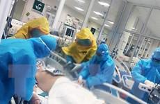 Các chuyên gia đầu ngành tiếp tục hội chẩn ca bệnh COVID-19 nặng