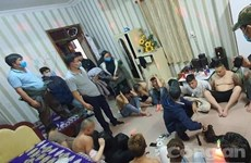 Lâm Đồng: Bắt quả tang 2 nhóm thanh niên thuê khách sạn dùng ma túy
