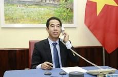 Lãnh đạo Bộ Ngoại giao Việt Nam-Anh điện đàm về phòng chống COVID-19