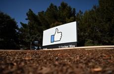 """Facebook cảnh báo người dùng """"tương tác"""" với tin giả COVID-19"""