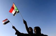 Hàng trăm người biểu tình phản đối chính phủ chuyển tiếp ở Sudan