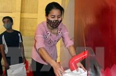Hà Nam khai trương cây ATM gạo ủng hộ công nhân, người nghèo
