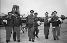Phi đội Quyết Thắng với những buổi học cấp tốc chuyển loại máy bay