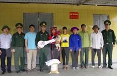 Bàn giao 65 nhà tình nghĩa cho người nghèo ở huyện biên giới Mường Nhé