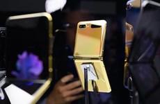 Samsung bắt đầu cho đặt hàng trước Galaxy Z Flip phiên bản vàng