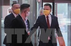 Ba Lan hoãn bầu cử tổng thống để giảm thiểu lây nhiễm SARS-CoV-2