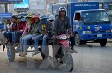 """Campuchia """"tiếp thêm"""" 12 triệu USD trợ cấp cho người lao động mất việc"""