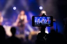 """Livestream – """"Phao cứu sinh"""" của ngành âm nhạc Nhật Bản thời COVID-19"""