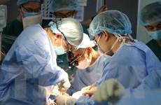 Bệnh nhân ở TPHCM cận kề cửa tử hồi sinh qua ca ghép tim xuyên Việt