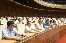 Quốc hội thông qua hai luật phòng, chống thiên tai và đê điều