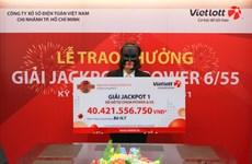 Nữ nhân viên ngân hàng lĩnh giải Jackpot 1 hơn 40 tỷ đồng