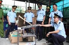 Đột kích kho chứa 280 kiện hàng nghi giả mạo xuất xứ Thái Lan