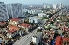 Nhà đầu tư Việt mua cổ phần doanh nghiệp để 'nhắm' đất vàng?