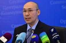 Lo ngân hàng phá sản, dân Kazakhstan ồ ạt rút tiền
