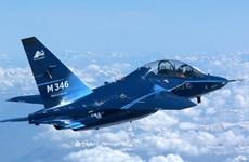 Ba Lan mua máy bay quân sự Italy trị giá 280 triệu euro