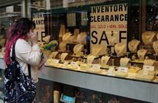 Giá vàng tăng nhẹ do số liệu kinh tế kém tích cực tại Mỹ
