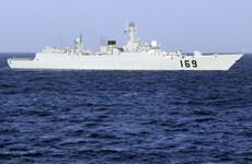 Tàu chiến Trung Quốc ồ ạt đến Malacca tìm máy bay