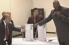 Châu Phi lần đầu tiên triển khai hệ thống bỏ phiếu điện tử