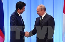 Thủ tướng Nhật thăm Nga nhằm thúc đẩy đối thoại về hiệp ước hòa bình