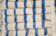 Pháp phát hiện ma túy trên tàu chở các bộ phận của tên lửa vũ trụ