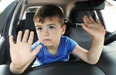 Italy áp dụng quy định chặn tình trạng trẻ em bị bỏ quên trong ôtô