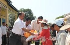 Kon Tum cứu trợ cho đồng bào Campuchia bị lũ lụt