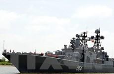 Đội tàu Hải quân Liên bang Nga ghé đậu cảng Cam Ranh