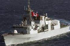 Nga bác bỏ cáo buộc cho máy bay áp sát tàu chiến Canada