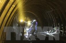 [Photo] Công việc nặng nhọc của công nhân khai thác than hầm lò