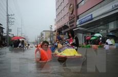 Bão Fung-Wong quét qua Philippines gây ngập lụt nghiêm trọng