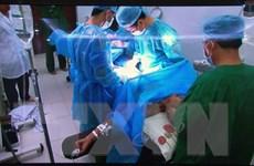 Mổ trực tuyến cứu sống bệnh nhân đau ruột thừa nơi đảo xa