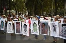 Mexico nhận dạng thi thể một nạn nhân trong vụ 43 người bị bắt cóc