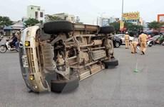 Xe Innova mất lái khiến 6 người trong gia đình thương vong
