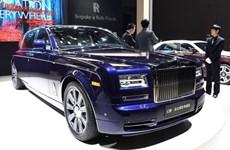 Choáng ngợp với chiếc Phantom Limelight cho giới siêu giàu