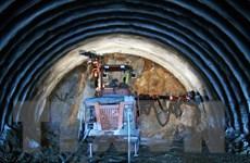 Quảng Nam: Lập tổ kiểm tra hư hại do nổ mìn xây đường hầm
