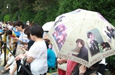 Phụ nữ Nhật phát cuồng vì đám cưới bí mật của Bae Yong Joon