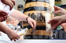 """[Photo] """"Đắm mình"""" trong 2.400 loại bia ở Lễ hội bia quốc tế Berlin 19"""