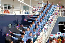 Tàu Thanh niên Đông Nam Á và Nhật Bản đến Thành phố Hồ Chí Minh