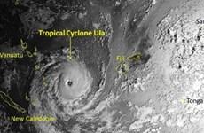 """Cư dân Vanuatu """"nín thở"""" trước cơn bão cấp 4 sắp đổ bộ"""