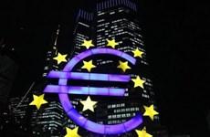 """Kinh tế Khu vực đồng tiền chung châu Âu bắt đầu """"nhấn ga"""""""