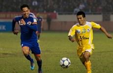 Chùm ảnh đại chiến vùng Đông Bắc ở V-League vòng 8
