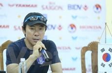 """""""Mourinho Hàn Quốc"""" không hề biết HLV Toshiya Miura là ai"""