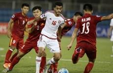 HLV Hoàng Anh Tuấn hài lòng khi 10 người U19 Việt Nam giành 1 điểm